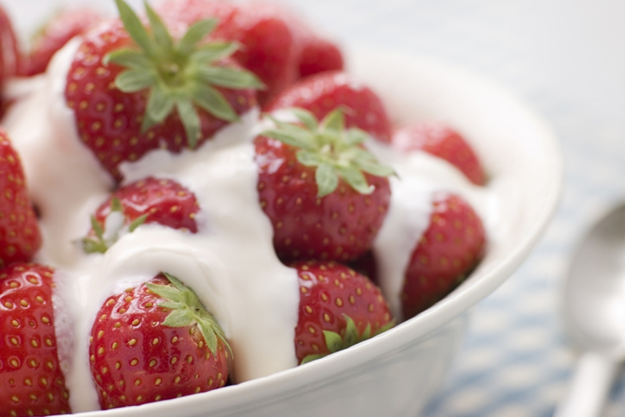 Strawberries with Whiskey Cream